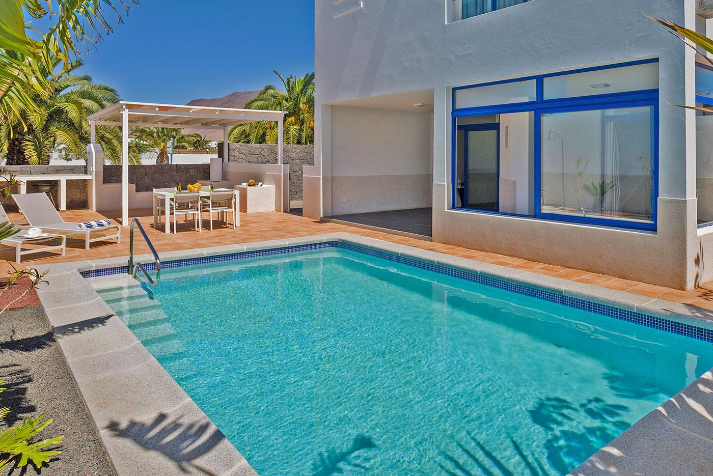 villa-yawl-lanzarote-private-pool
