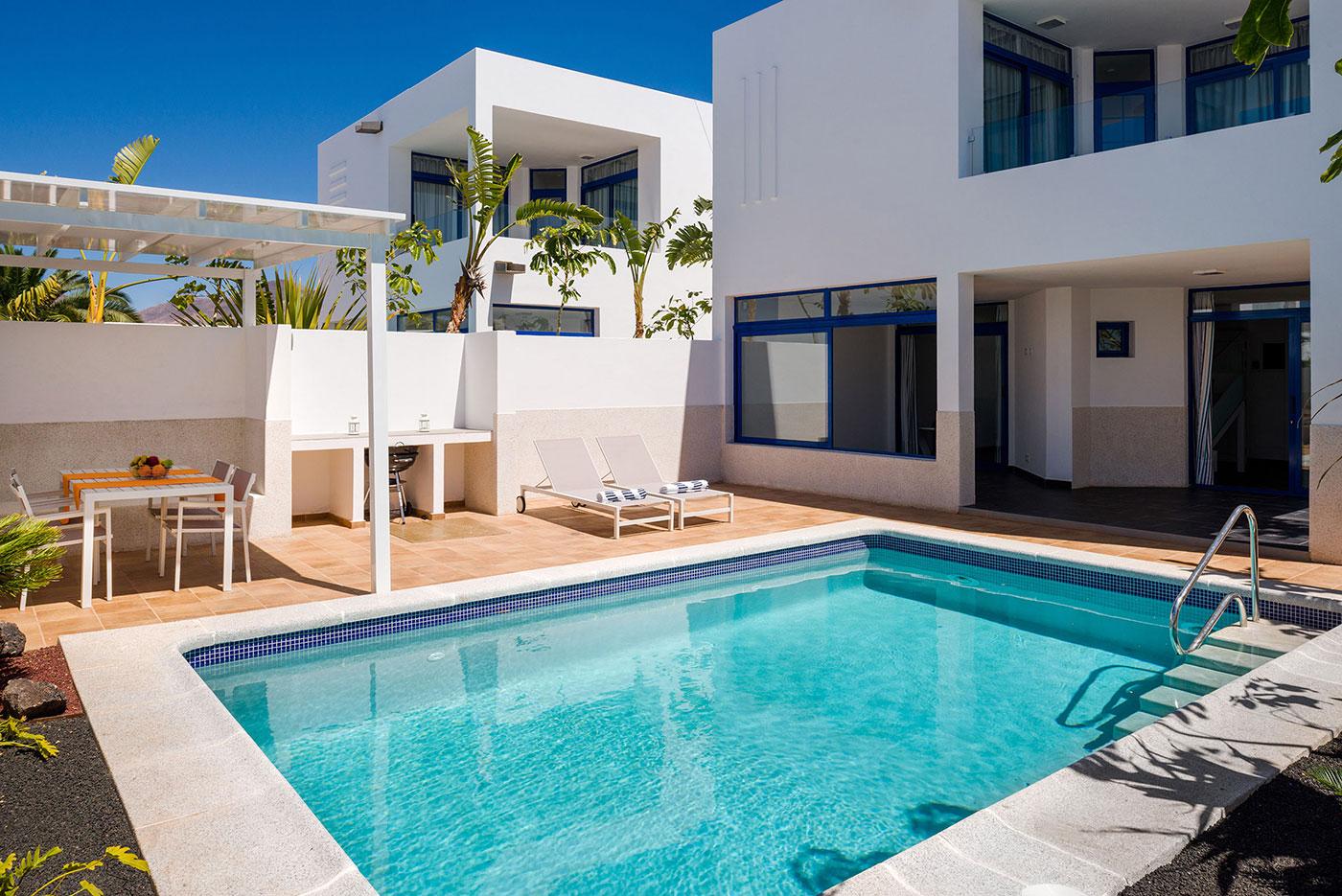 villas-de-la-marina-pool_4
